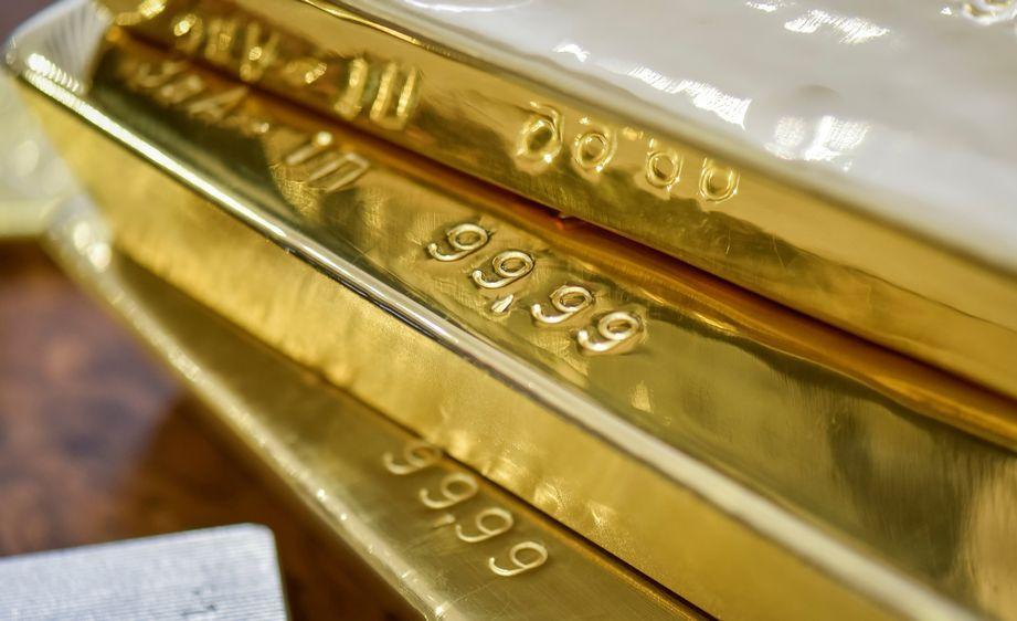 цена золота 2021